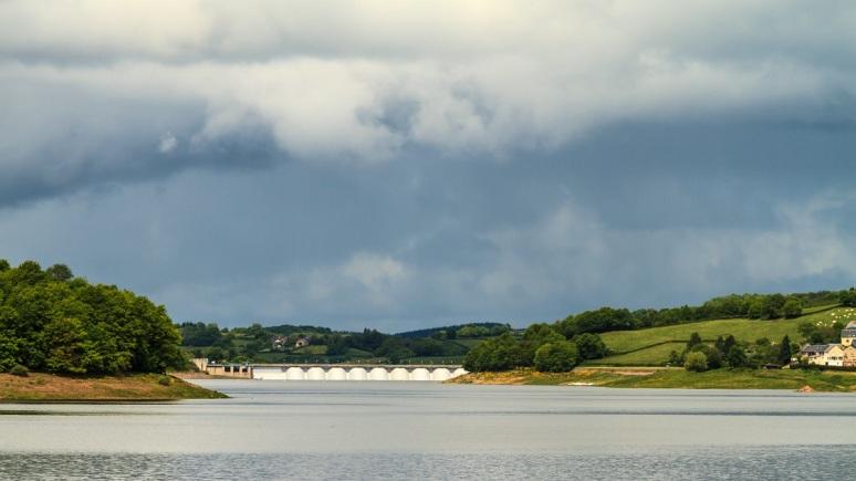 Lac de Pannecière-013